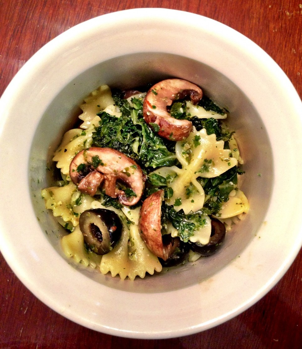 kale, pesto, mushrooms, black olives + pasta